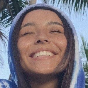 Andi Miranda 2 of 10