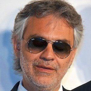 Andrea Bocelli 5 of 10