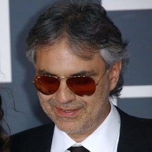 Andrea Bocelli 6 of 10