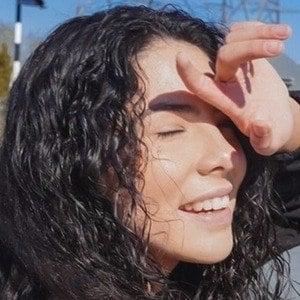 Andrea Camila 8 of 10
