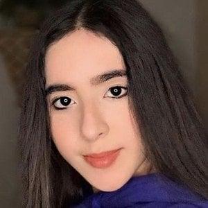 Andrea Chahin 3 of 10