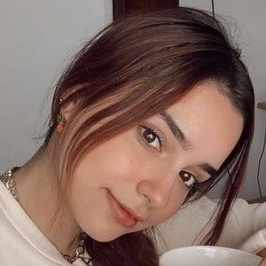 Andrea Chapa Headshot 4 of 10