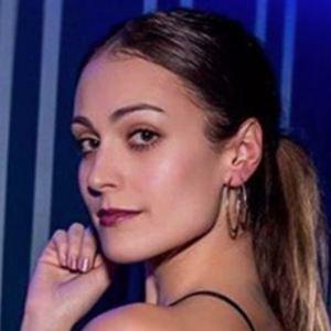 Andrea Mirela 2 of 5