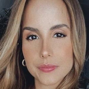 Andrea Pérez Meana Headshot 6 of 10