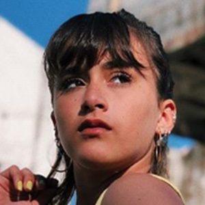 Andrea Verísimo 2 of 5