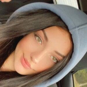 Andreea Bostanica Headshot 3 of 10