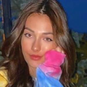 Andreea Bostanica Headshot 7 of 10