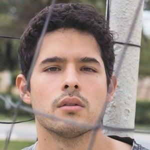 Andrés Vílchez 3 of 10