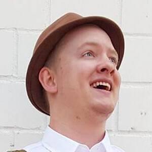 Andrew Kingsbury Headshot 7 of 10