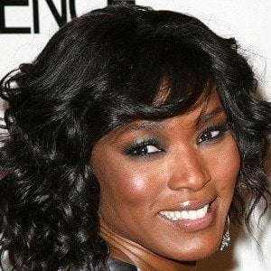 Angela Bassett 3 of 10
