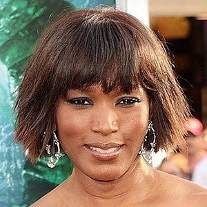 Angela Bassett 5 of 10