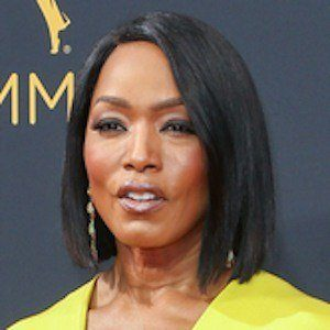 Angela Bassett 9 of 10