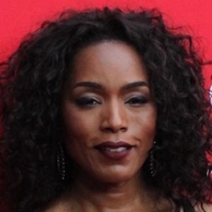 Angela Bassett 10 of 10