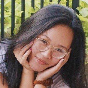 Angela Dinh 5 of 7