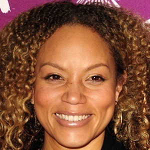 Angela Griffin 2 of 4