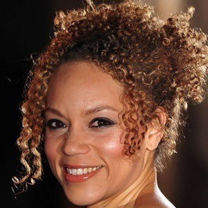 Angela Griffin 3 of 4