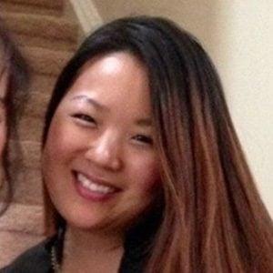 Angela Kim Headshot 2 of 5