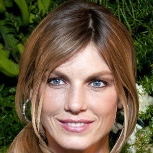 Angela Lindvall 4 of 5