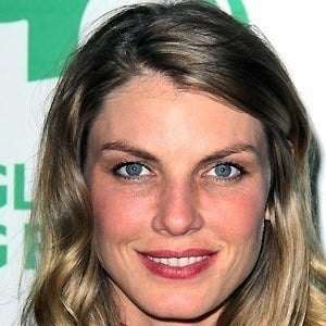 Angela Lindvall 5 of 5