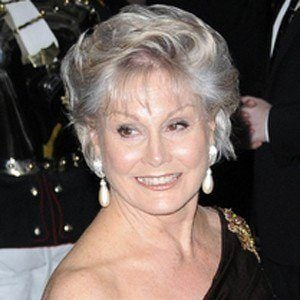 Angela Rippon 3 of 4