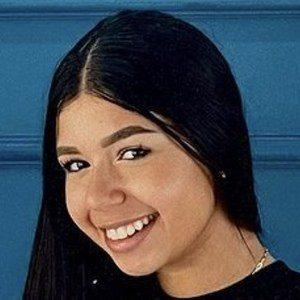 Angeles Hernandez Headshot 7 of 10