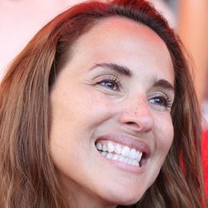 Angélica Castro 3 of 4