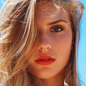 Angelica Salek 5 of 6