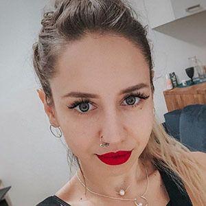 Angelika Ferrous 2 of 5