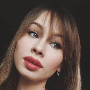 Angelika Hejnar Headshot 3 of 10