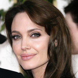 Angelina Jolie 2 of 10