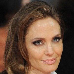 Angelina Jolie - Bio, ...