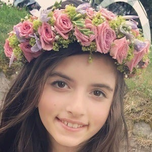 Angelina Jordan 4 of 8