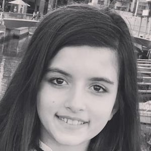 Angelina Jordan 6 of 8