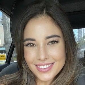 Angeline Varona Headshot 8 of 10