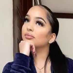 Angelise Garcia 6 of 10