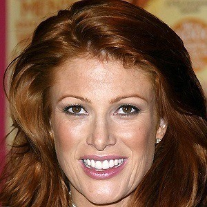Angie Everhart 4 of 9