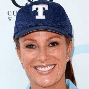 Angie Everhart 9 of 9