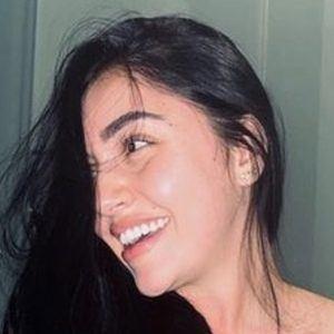 Angie Jimenez Gaviria Headshot 3 of 10