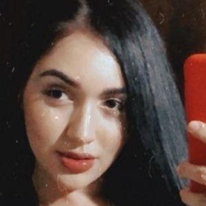 Angie Jimenez Gaviria Headshot 9 of 10
