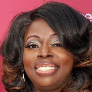 Angie Stone 6 of 10