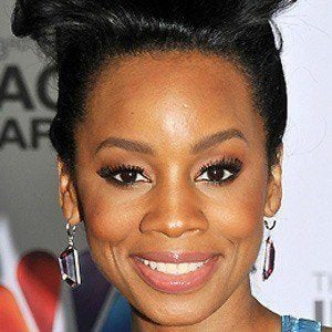Anika Noni Rose 2 of 10
