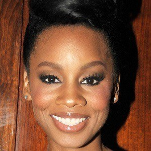 Anika Noni Rose 3 of 10