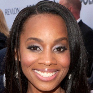 Anika Noni Rose 8 of 10