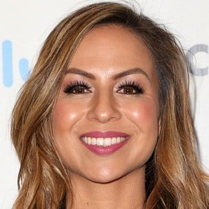 Anjelah Johnson 5 of 7