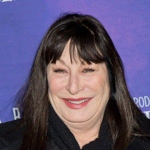 Anjelica Huston 10 of 10