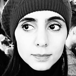Anjli Mohindra 3 of 6