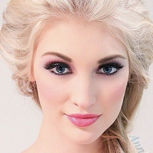 Anna Faith 6 of 8