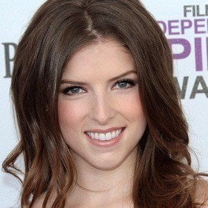 Anna Kendrick 5 of 9