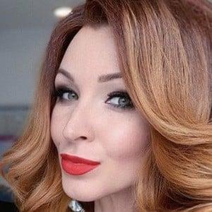 Anna Komarova Headshot 4 of 6