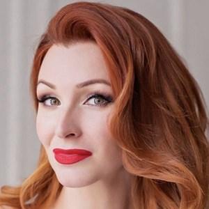 Anna Komarova Headshot 5 of 6